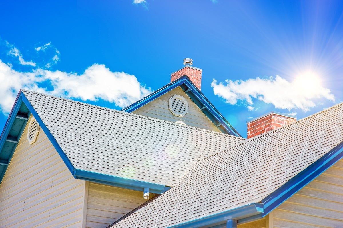 Superior-Roofing-Company_How-to-Protect-Your-Roof-from-Sun-Damage_Image-1-1200×798