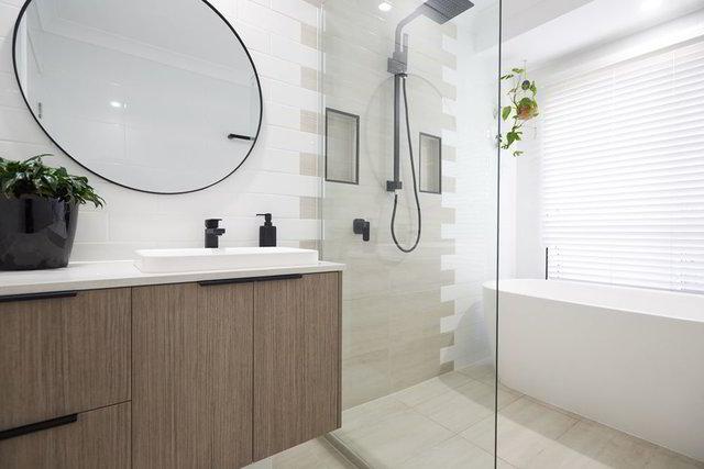 MODURE-L-BATHROOM-04-luxury-round-mirror-9002029