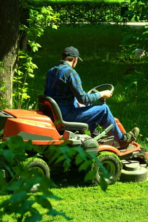 RIDE-ON-MOWING